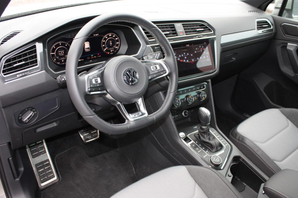 VW TIGUAN R LINE