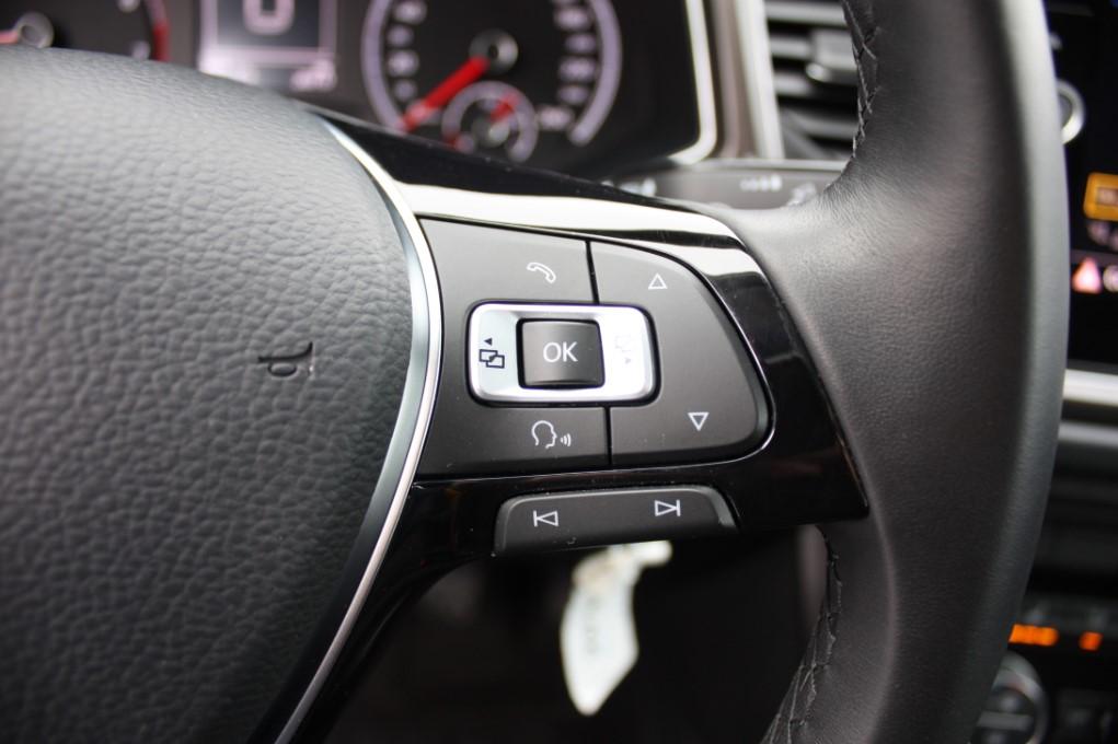 VW T ROC